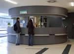 Serveis de les Biblioteques de la UAB durant el període de Nadal. Escola Universitària de Turisme i Direcció Hotelera. Universitat Autònoma de Barcelona, Bellaterra. EUTDH UAB